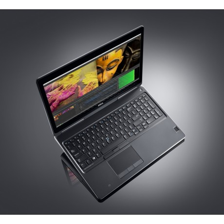 Dell Precision 7510 с процесор i7 - 6820HQ, 16GB DDR4, 512GB SSD, 15.6''FHD, FirePro W5170M