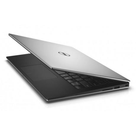 Dell XPS 13 9350 с процесор Intel  i7 - 6500U, 16GB DDR3, 256GB SSD, 13.3''QHD+