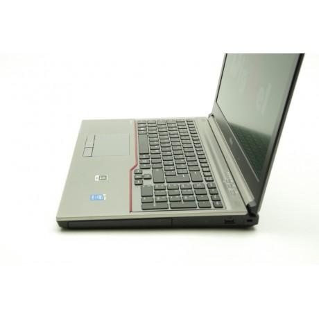 Fujitsu Celsius H760 с процесор i7 - 6820HQ, 16GB DDR4, 512GB SSD, Quadro M2000M, 15.6''