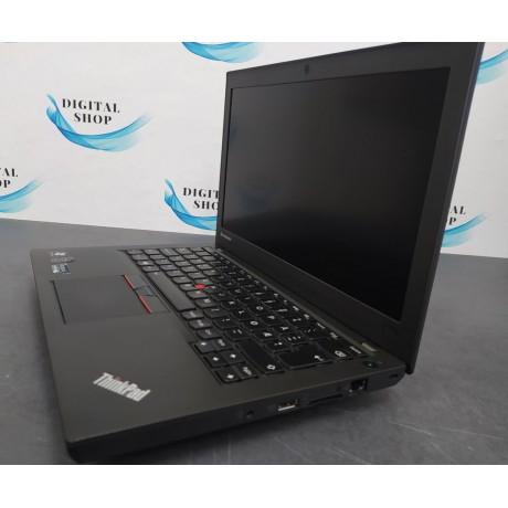 Lenovo ThinkPad x250 с процесор Intel i5 - 5300U, 8GB DDR3,128GB SSD, 12.5''HD